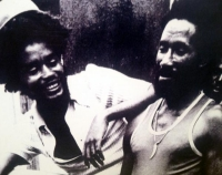 Max Upsetters - Smile Out a Style